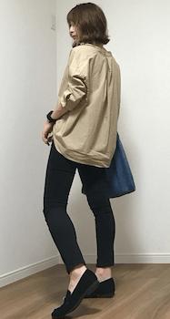 オーバーシャツ×ジョガーパンツのレディースのコーデ(春夏編)