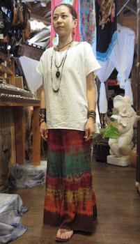 エスニックファッションのレディースのおしゃれな着こなし方:バランス