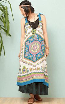 ワンピース×ロングスカート×キャミソールのエスニックファッション