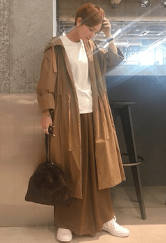 ファーバッグ×スカーチョ×ロングコートのコーデ(2019-20秋冬)