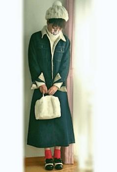 ファーバッグ×デニムボアジャケット×デニムスカートのコーデ(2018-19秋冬)