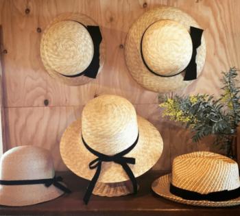 ブランドの麦わら帽子