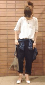 ポケットTシャツ×Gジャン×ワークパンツのレディースのコーデ(春編)