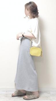 ワイドブラウス×マキシスカート×ミニショルダーバッグのレディースのコーデ(夏編)