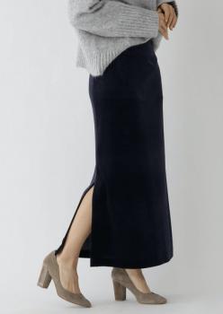 サイドスリットスカート