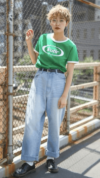リンガーTシャツ×ワイドデニムパンツ