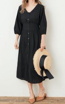 麦わら帽子×ミュール×ガウンワンピースの夏コーデ