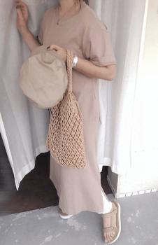 ローサンダル×編みバッグ×Tシャツワンピースのコーデ(夏編)