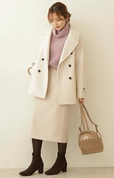 白のPコート×ニットのタイトスカート×タイツ×ブーツ