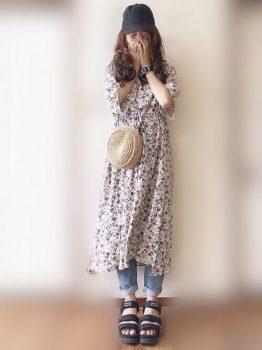 花柄ワンピ×デニムパンツの夏のマタニティコーデ