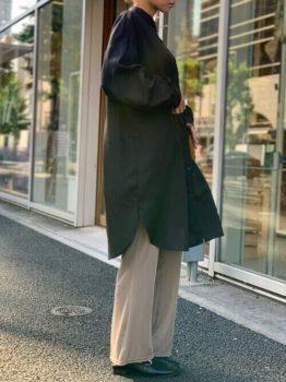 黒シャツワンピース×ワイドパンツ×ブーツのレディースコーデ