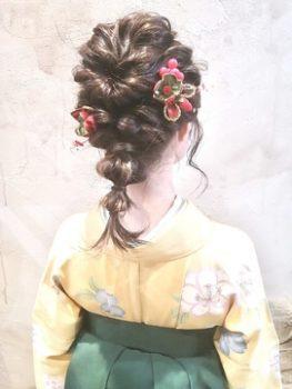卒業式で袴に合うレディースのセミロングの髪型