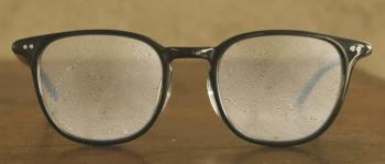 メガネが曇る原因:結露