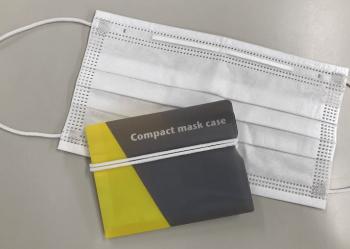 マスクケース:薄くてかさばらないファイルタイプ
