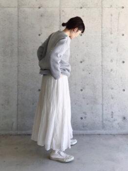リブチュニック×スカート