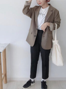 Tシャツ×ジャケット×パンツ×スニーカー