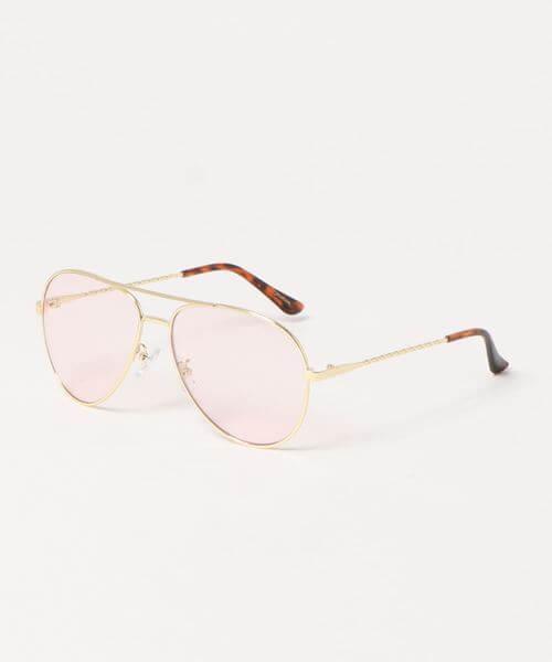 面長に似合うサングラスの選び方1:ティアドロップ