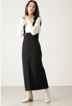 シャツ×スカート×ブーツ