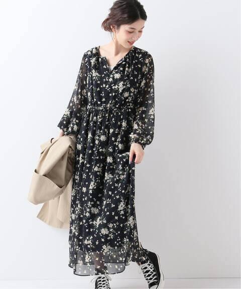 2021春服のトレンド柄やデザイン:フローラル