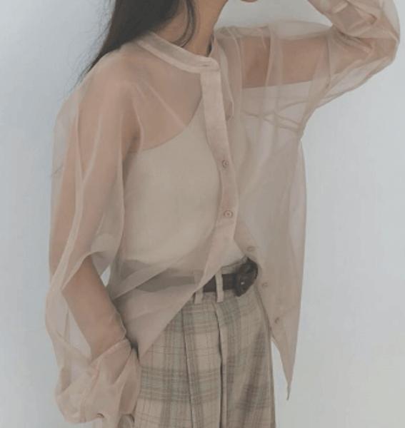 2021春服のトレンド素材:シアー素材