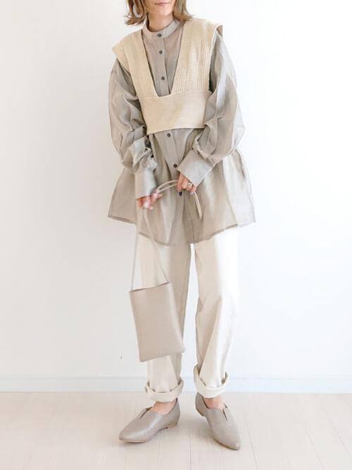 ビスチェ×バルーン袖シャツ