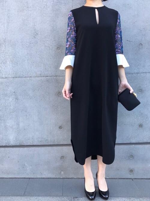 袖切替デザインのドレス