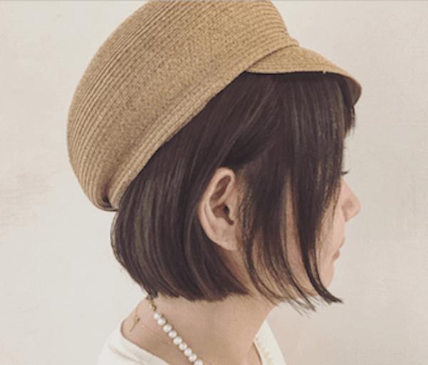 【ショートの髪型】マリンキャップかぶり方:サイドを出す
