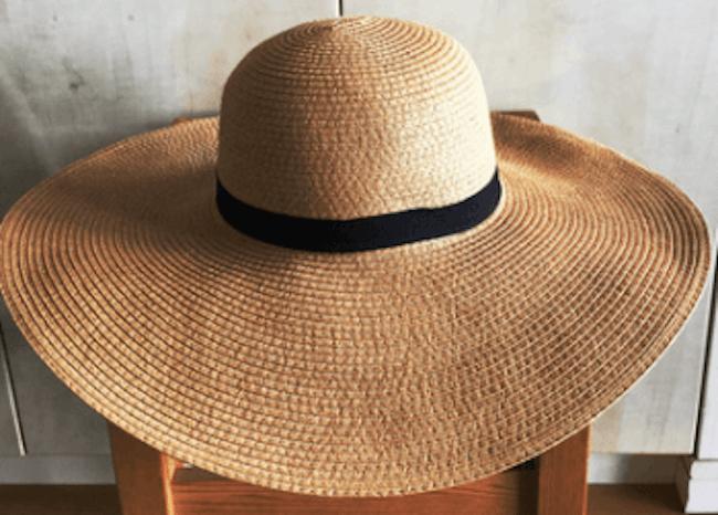 麦わら帽子の種類:スラウチ・ハット(女優帽)
