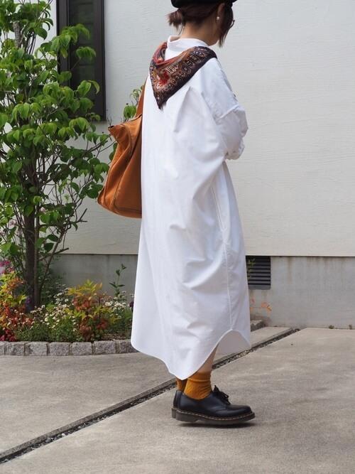 バンダナ・スカーフのアレンジコーデ:付け襟風