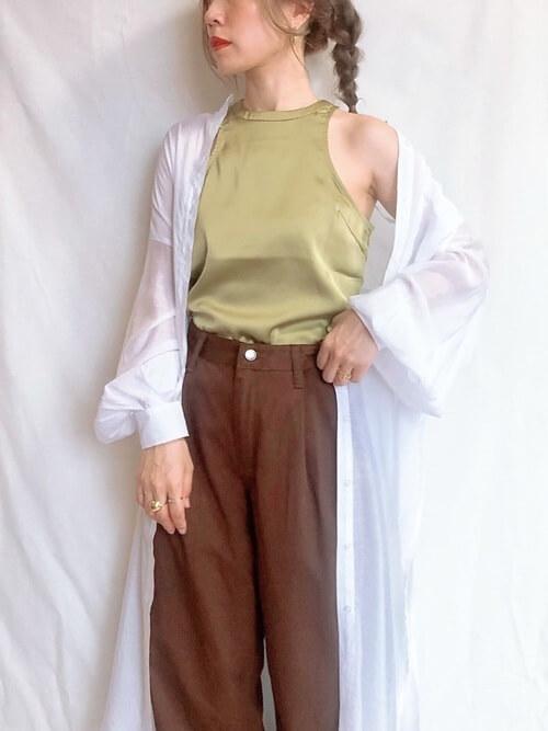 ロングシャツの基本スタイル:羽織りスタイル