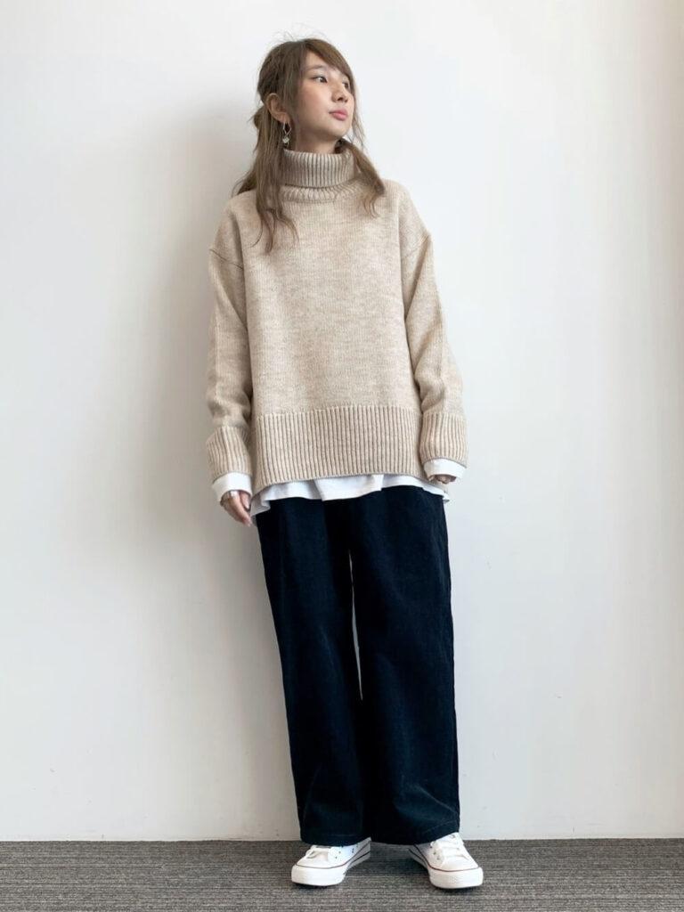 ニット・セーターを秋に着こなすコツ:タートルネック