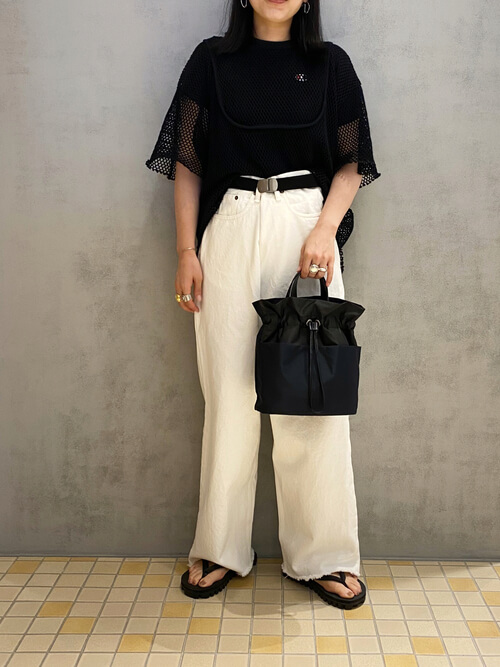 体型別のワイドパンツの着こなし方:上半身ががっしりしてる方はXラインを意識!