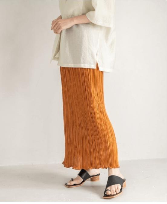 2021年タイトスカートの流行りデザイン:大人女子にはミモレ丈!