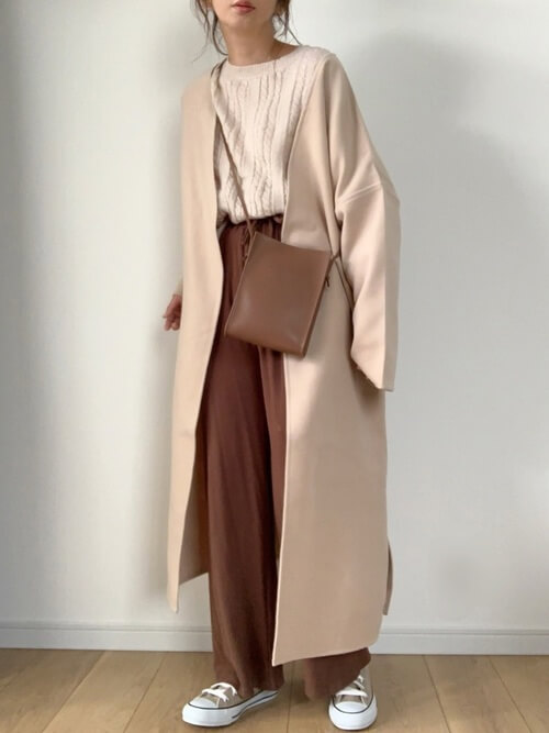 基本のワイドパンツの着こなし方:秋冬はアウターとのバランスがこなれたコーデの鍵!