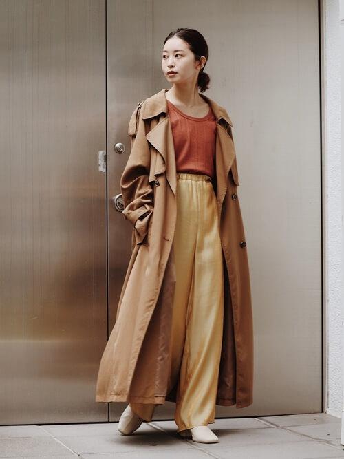 秋のトレンチコートはいつから着る?:9月(26度〜29度)夏コーデに合わせてみる