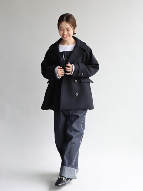 Pコートを秋冬に着こなすポイント:ショート丈