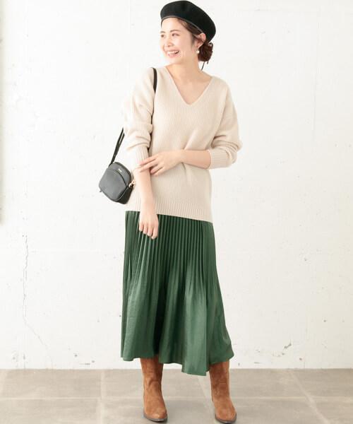 メタリックプリーツスカートをおしゃれに着こなす鉄則!