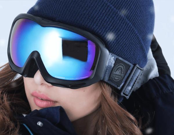 スノーボード用ゴーグルの選び方:フィット感をチェック!!