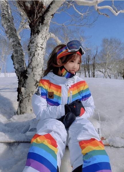 スノーボードウェアの着こなし:レインボースタイル