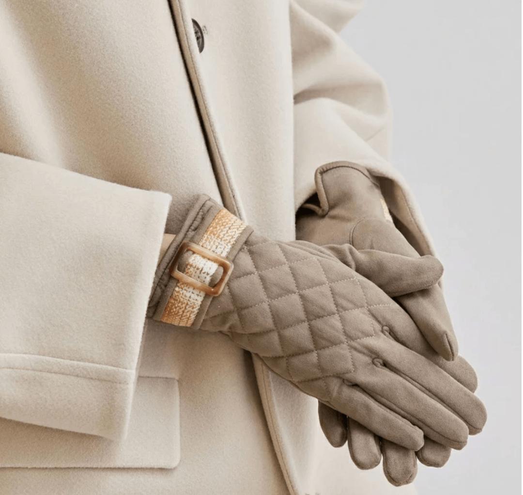 手袋の人気ブランド!レディースにおすすめのブランドも紹介!
